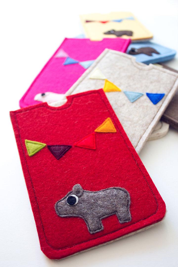 Fünf Fragen an Designerin Claudia Zechner von catmade Filztiere auf Handytaschen