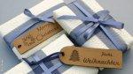 Geschenke einpacken mit Corinera Etiketten von Dortex