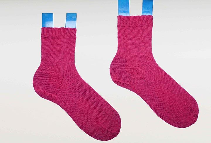 Aller guten Dinge sind zwei! Legt direkt mit der zweiten Socke Eures Paares los!