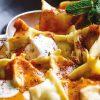 Rezept - Türkische Teigtaschen mit Lamm und Butter-Tomaten-Soße - Simply Kreativ – Neue Rezepte für den Thermomix® 03/18