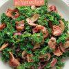 Rezept - Grünkohlsalat mit Pilzen und Bacon - Simply Kochen Sonderheft - Ernährung in der Schwangerschaft - mit Nina Kämpf von Mamaaempf
