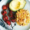 Rezept - Frühstücks-Maiskrapfen mit gerösteten Tomaten - Healthy Vegan 06/2019