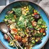 Rezept - Geröstetes Gemüse mit Mais, Erbsen, Kichererbsen und Tahini - Vegan Food & Living – 02/2020