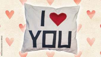 Blog-Simply-Kreativ-Valentinstag-Love-Kissen